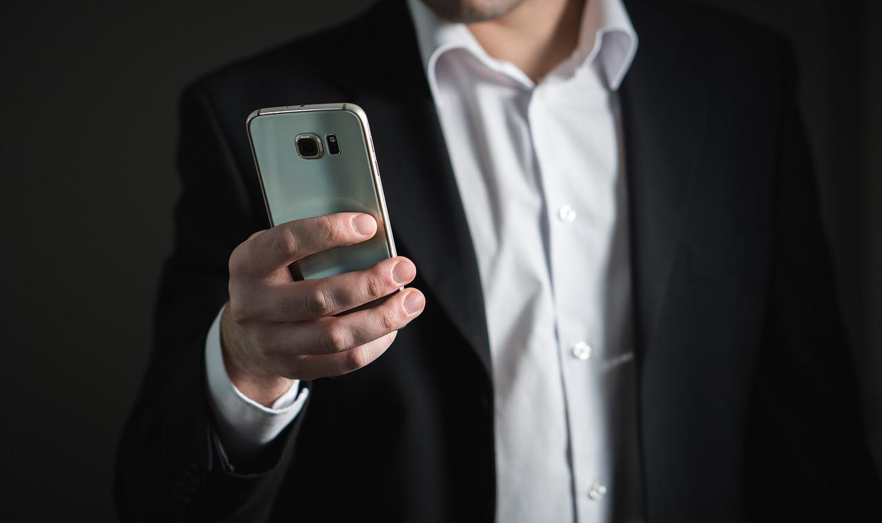 Business Smartphones: Darauf sollten Sie beim Kauf achten - Featured Image